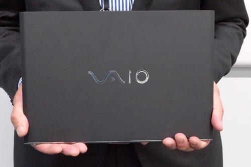 VAIO Pro 11は、薄くて軽くて強くて使いやすい
