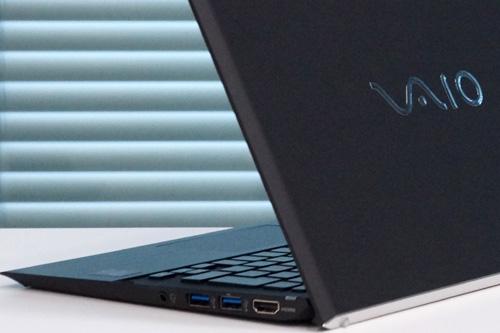 VAIO Pro11は外装素材がUDカーボン