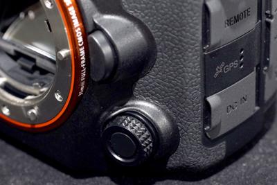 SLT-A99V_review_005.jpg
